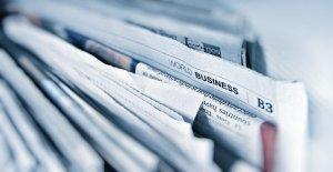 Newspapers_G Crescoli_unsplash